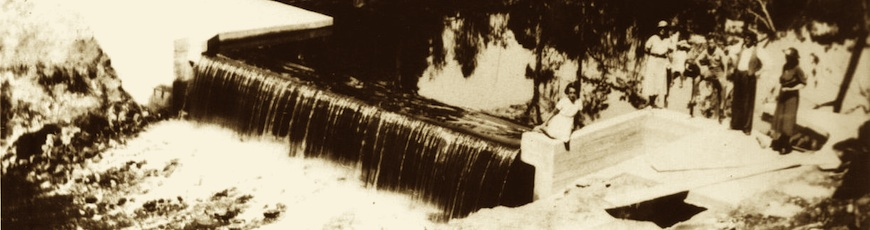Brid river weir