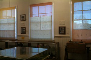 Derby-Schoolhouse-Museum-Blinds-300x225